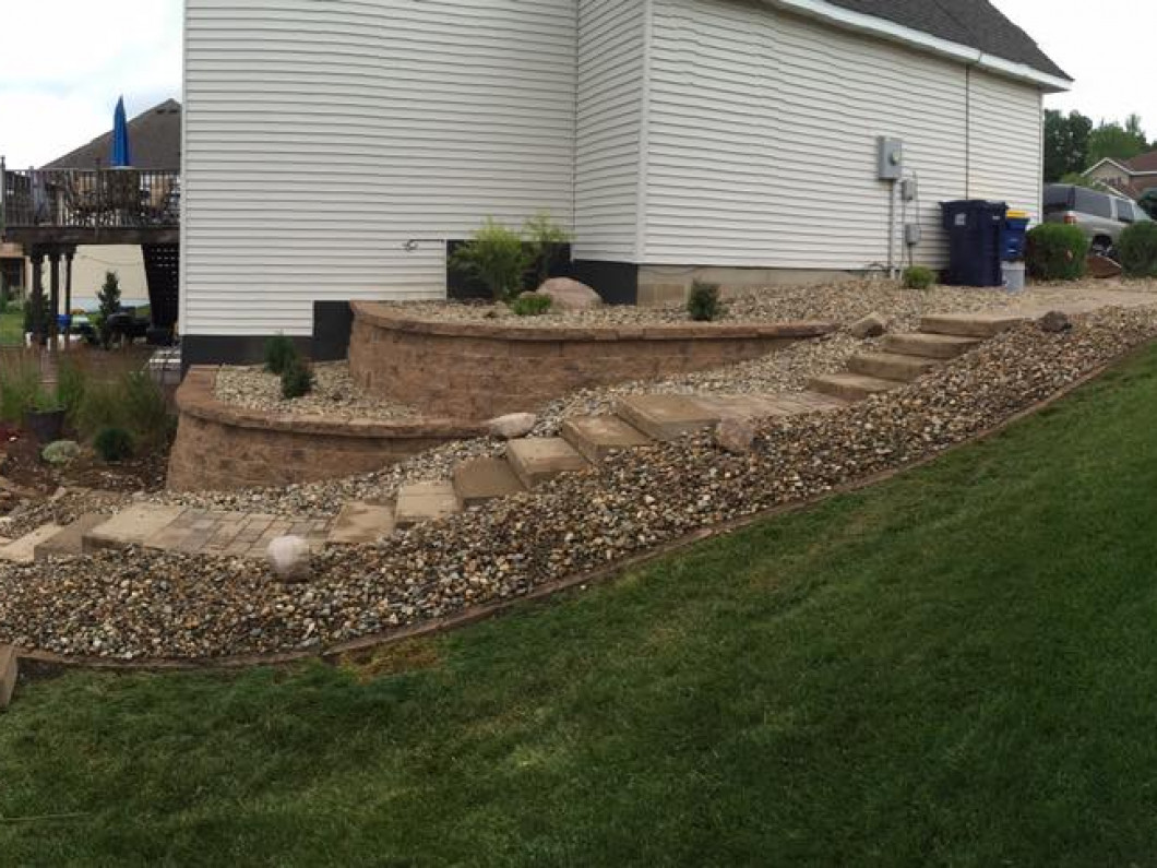 Retaining Wall Builders in Northfield & Inver Grove Heights , MN