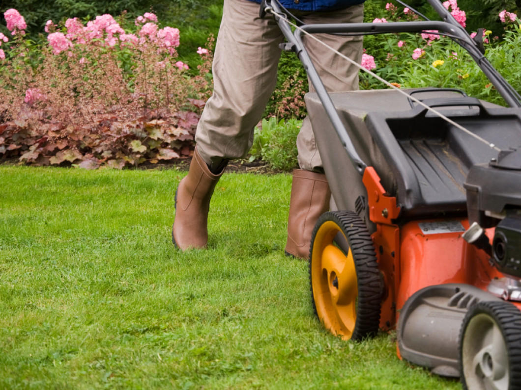 Gerlach Snow Removal Lawn & Landscape Offers Quality Lawn Mowing Services